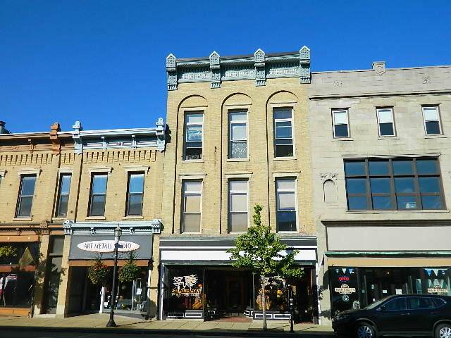 330 Main St, Racine, WI 53403 (#1762392) :: EXIT Realty XL