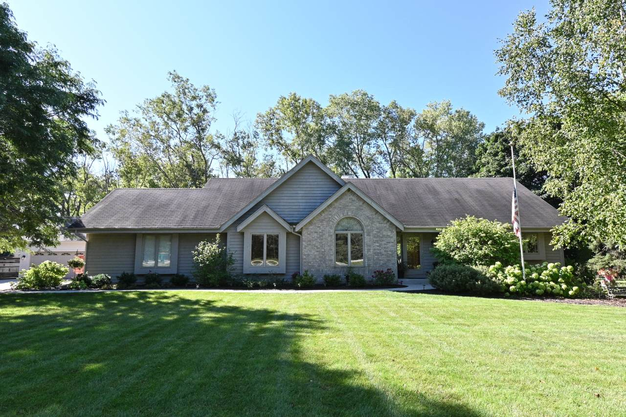 4355 Pleasant Valley Rd - Photo 1