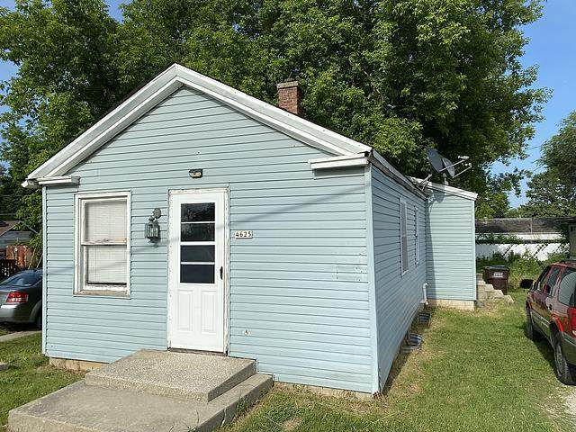 4625 Douglas Ave, Caledonia, WI 53402 (#1763312) :: EXIT Realty XL