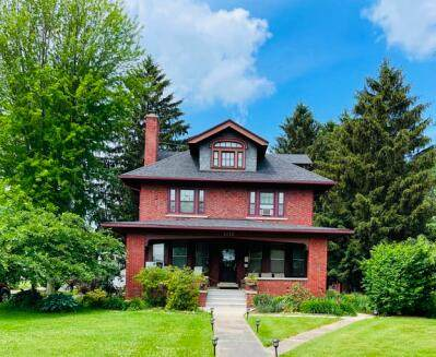 1019 S Main St, Lake Mills, WI 53551 (#1764675) :: EXIT Realty XL