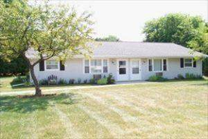 955a Green Acres Dr, Sheboygan Falls, WI 53085 (#1767549) :: RE/MAX Service First