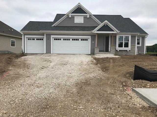 522 Meadowbrook Ct, Slinger, WI 53086 (#1579844) :: Tom Didier Real Estate Team