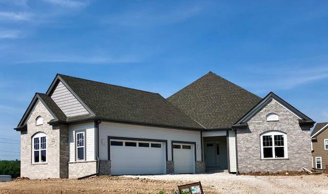 W195N5814 Deer Park Ct, Menomonee Falls, WI 53051 (#1592280) :: Vesta Real Estate Advisors LLC