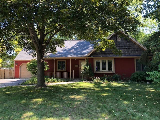 2672 N 111th St, Wauwatosa, WI 53226 (#1606043) :: Vesta Real Estate Advisors LLC