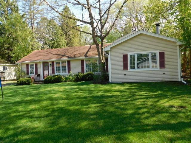 23305 81st St, Salem, WI 53168 (#1624560) :: Tom Didier Real Estate Team