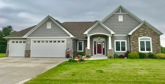 8116 Daub Ct, Mount Pleasant, WI 53406 (#1644422) :: Tom Didier Real Estate Team