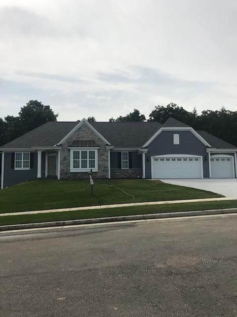 739 Stoecker Farm Ave, Mukwonago, WI 53149 (#1685380) :: OneTrust Real Estate