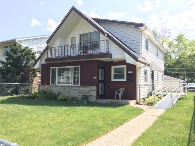 5840 N 93rd St A/B, Milwaukee, WI 53225 (#1698274) :: OneTrust Real Estate