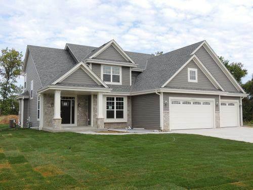 N55W23894 Johanssen Ct, Sussex, WI 53089 (#1700073) :: NextHome Prime Real Estate