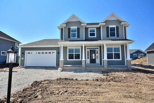 8769 S Shady Leaf Ln, Franklin, WI 53132 (#1728820) :: Re/Max Leading Edge, The Fabiano Group