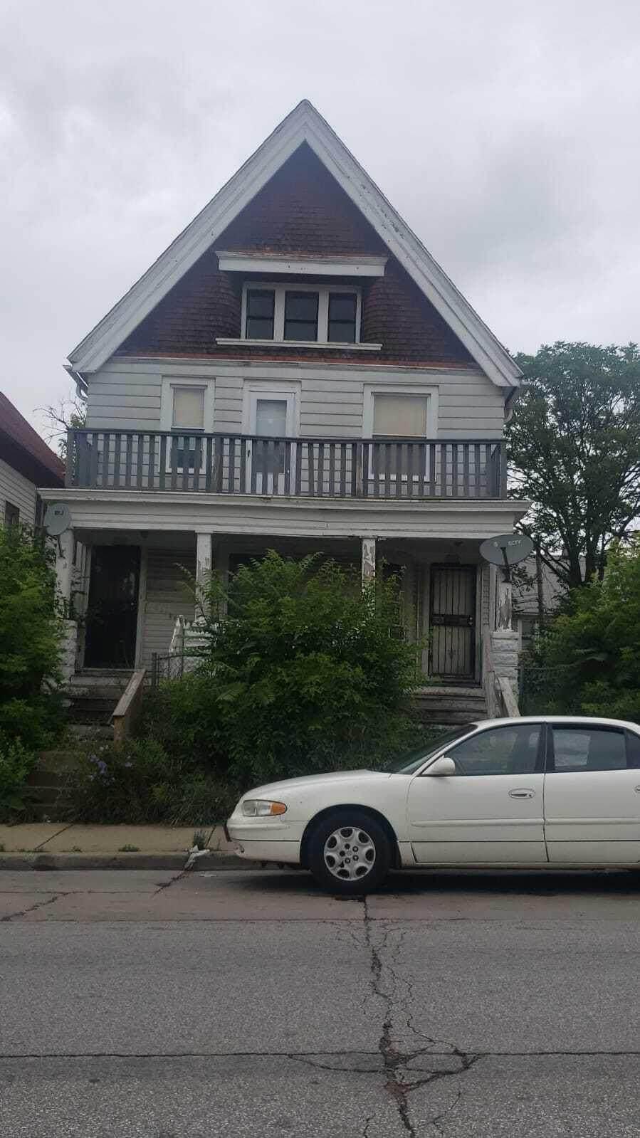 2708 Burleigh St - Photo 1