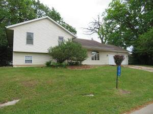 21819 121st St, Salem Lakes, WI 53104 (#1743907) :: Re/Max Leading Edge, The Fabiano Group