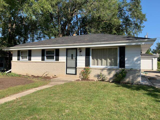 3000 E Dale Ave, Cudahy, WI 53110 (#1765181) :: EXIT Realty XL
