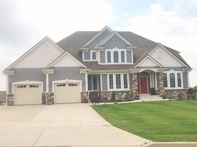 6595 S 46th St, Franklin, WI 53132 (#1608225) :: Tom Didier Real Estate Team