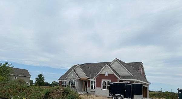 N66W27980 Maple St, Merton, WI 53089 (#1694984) :: OneTrust Real Estate