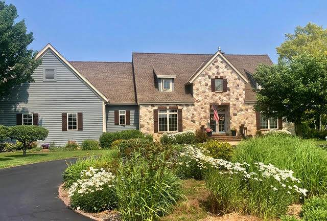 1259 Marina Dr, Grafton, WI 53024 (#1744735) :: RE/MAX Service First