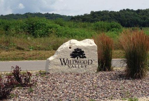 LOT 17 Pinewood Dr, Onalaska, WI 54636 (#1345563) :: Tom Didier Real Estate Team