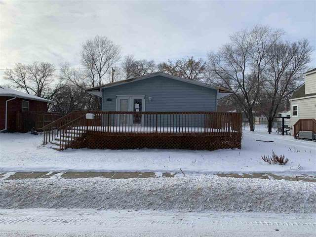 439 17th St NW, Minot, ND 58703 (MLS #210152) :: Signal Realty