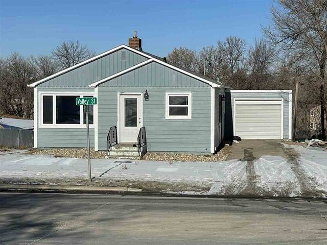 617 Valley St, Minot, ND 58701 (MLS #210330) :: Signal Realty