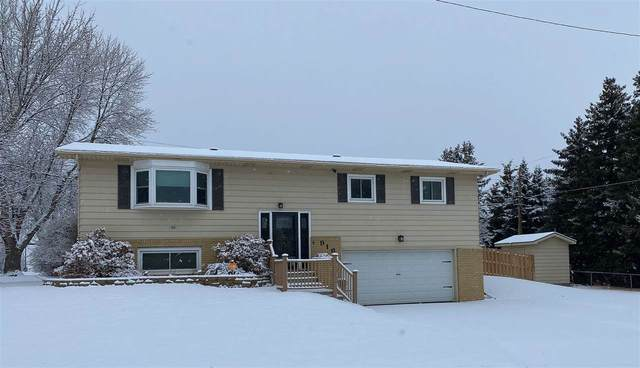 916 17th Ave SW, Minot, ND 58701 (MLS #210346) :: Signal Realty