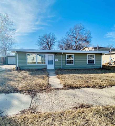 700 19th Street SE, Minot, ND 58701 (MLS #210475) :: Signal Realty