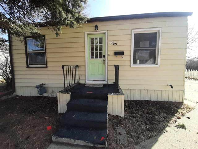 1009 SW 6Th St, Minot, ND 58701 (MLS #210508) :: Signal Realty