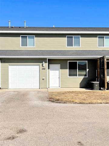 1351 34TH AVE SE, Minot, ND 58701 (MLS #210580) :: Signal Realty