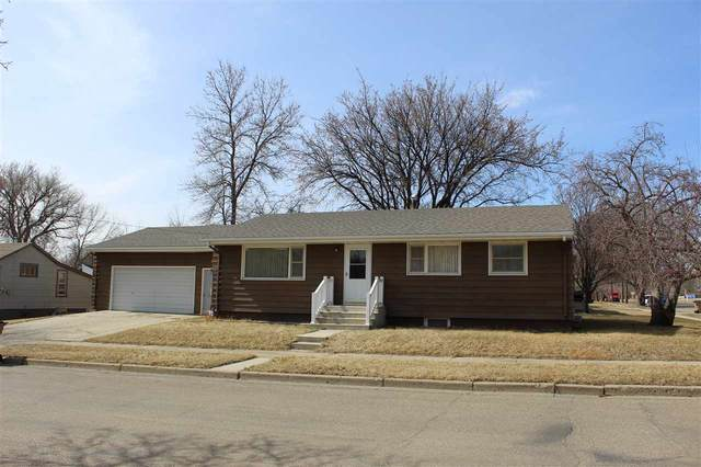 811 12TH ST NW, Minot, ND 58703 (MLS #210654) :: Signal Realty