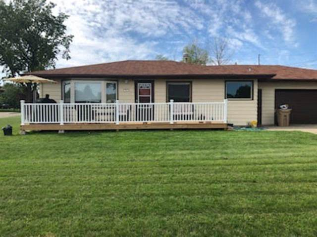 5 27TH ST NW, Minot, ND 58703 (MLS #210656) :: Signal Realty