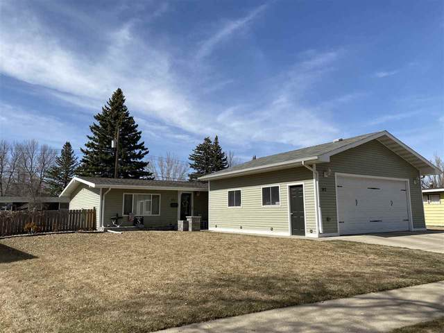 142 26TH ST SW, Minot, ND 58701 (MLS #210657) :: Signal Realty