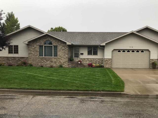 916 SE 13th Ave SE, Minot, ND 58701 (MLS #210661) :: Signal Realty