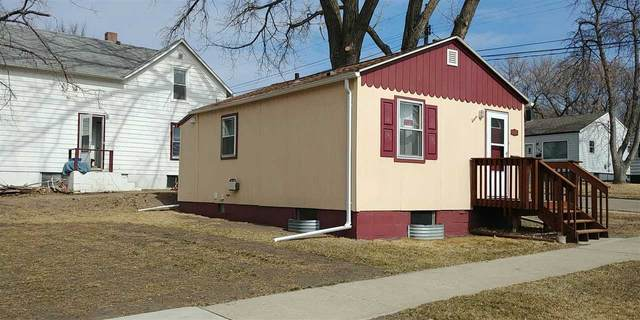 1119 7th Ave NE, Minot, ND 58703 (MLS #210743) :: Signal Realty