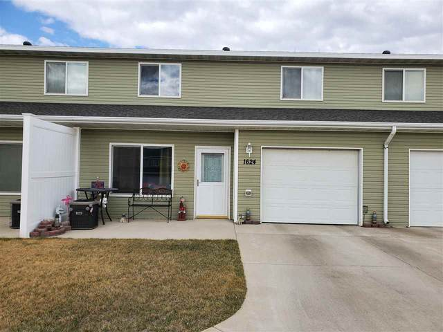 1624 35TH AVE SE, Minot, ND 58701 (MLS #210822) :: Signal Realty
