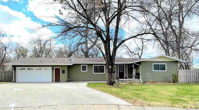 329 11TH ST NW, Minot, ND 58703 (MLS #210863) :: Signal Realty