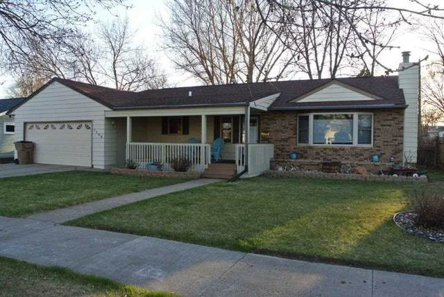 1708 4th St. SW, Minot, ND 58701 (MLS #210877) :: Signal Realty