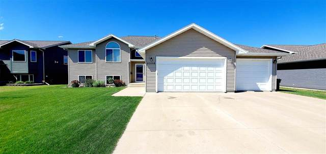 2308 4th Ave SW, Minot, ND 58701 (MLS #211273) :: Signal Realty