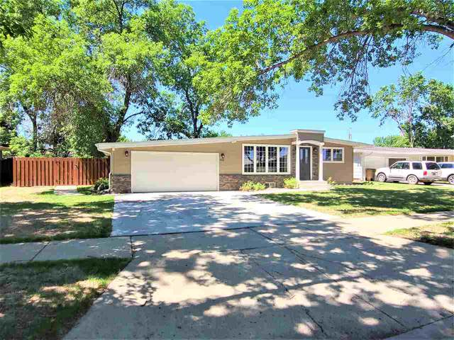 612 17th St SW, Minot, ND 58701 (MLS #211276) :: Signal Realty