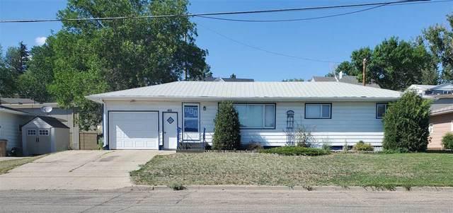 401 11th Avenue NE, Minot, ND 58703 (MLS #211353) :: Signal Realty