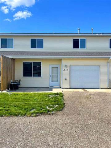 1322 31ST AVE SE, Minot, ND 58701 (MLS #211427) :: Signal Realty