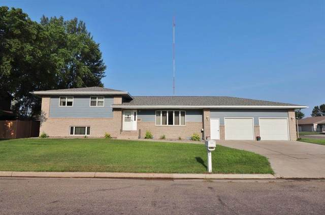 1716 14th St. SW, Minot, ND 58701 (MLS #211555) :: Signal Realty