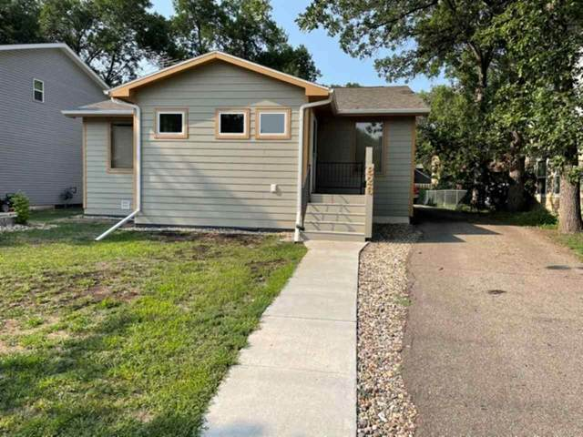 826 4th Ave NW, Minot, ND 58703 (MLS #211581) :: Signal Realty