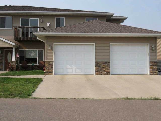 19 43rd Ave Sw Unit 8 #8, Minot, ND 58701 (MLS #211582) :: Signal Realty