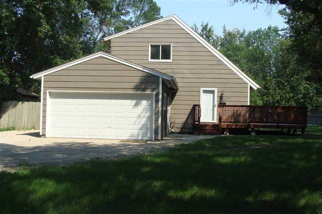 426 12th Street NW, Minot, ND 58703 (MLS #211604) :: Signal Realty