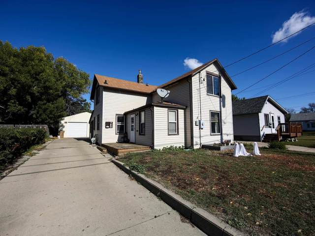 709 6th Ave NE, Minot, ND 58703 (MLS #212109) :: Signal Realty