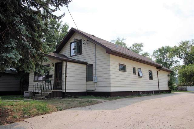 922 SE 4th St, Minot, ND 58701 (MLS #212126) :: Signal Realty