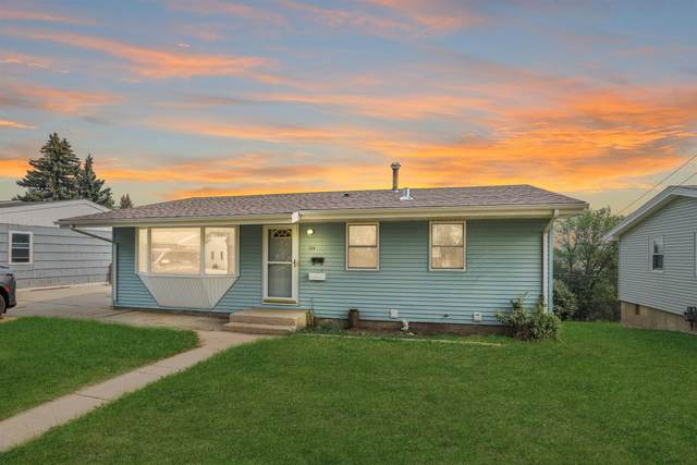 1324 Tuxedo Road NW, Minot, ND 58703 (MLS #211629) :: Signal Realty