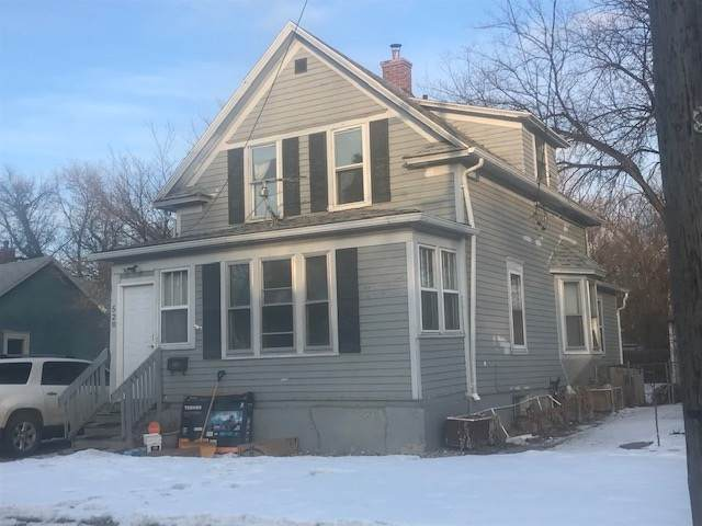 520 7th St, Minot, ND 58703 (MLS #210235) :: Signal Realty