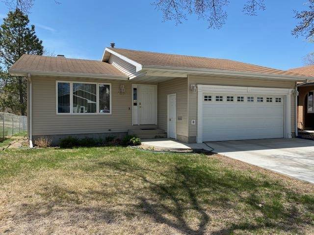 1220 7th St SW, Minot, ND 58701 (MLS #210928) :: Signal Realty