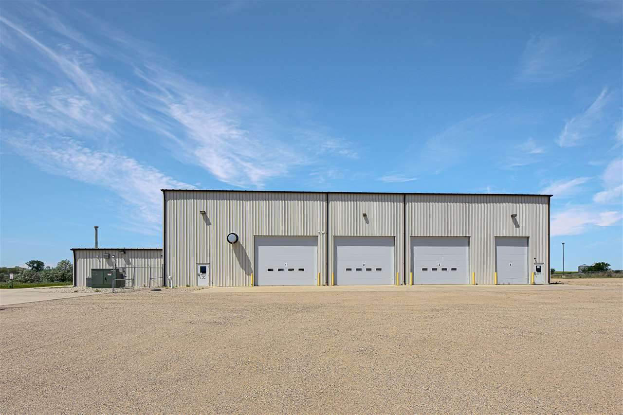 403 72nd Ave - Photo 1