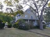 140 Quincy Ave - Photo 2